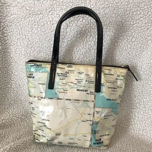 kate spade Bags - Kate Spade DayCation Tote